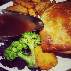 Pie Ride Tour – Beef and Stilton Pie with chips, veg and gravy.